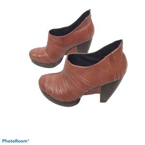 Irregular Choice Zubes brown leather booties
